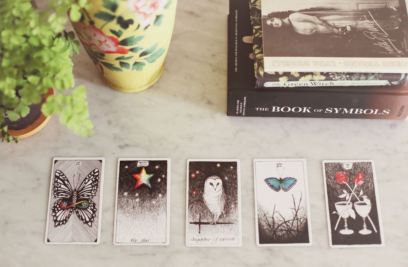 Inspiratrice Tarot Archetype Session - Christine Rose Elle